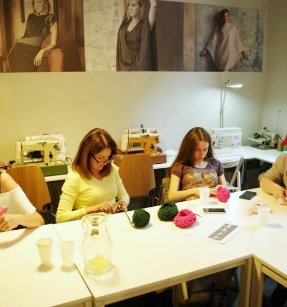 Męskie szydełkowanie w Slow Fashion Cafe