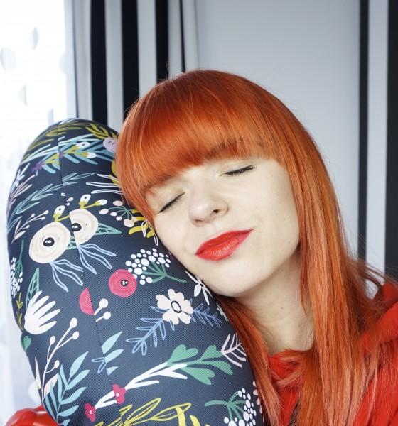 Jak uszyć poduszkę typu rogal do karmienia zrób to sama